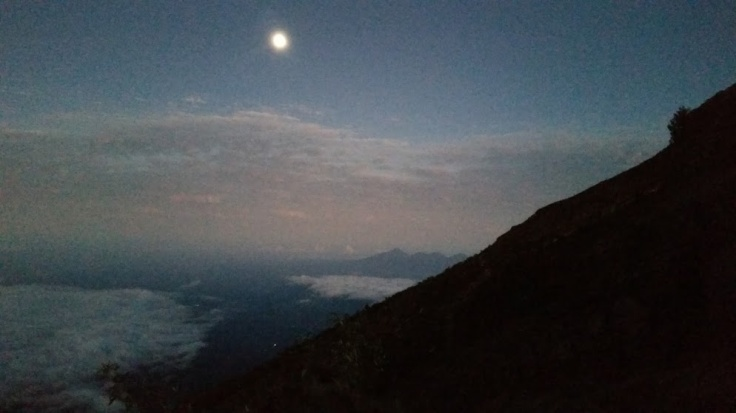 Mt. Agung moon before sunrise